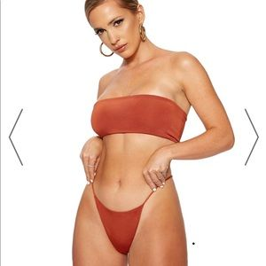 Naked wardrobe bikini set